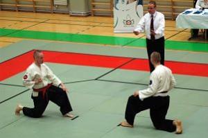 Kuvia Jissen Trophysta 2007. Mika taisteli tässä Keravan Petri Surakan kanssa. Kunnes tuomari joutui vähän rauhottelemaan matsaajia.